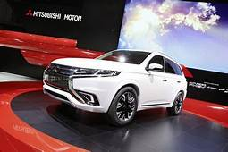 CARSIO Mitsubishi Plan To Produce Pajero Sport PHEV
