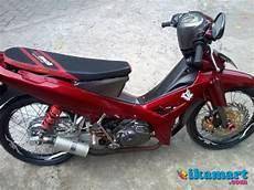 Modifikasi R 2008 by Yamaha R 2008 Merah Modif Motor