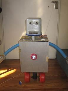 como hacer un robot reciclado con movimiento robot did 225 ctico bruno con luces sonidos