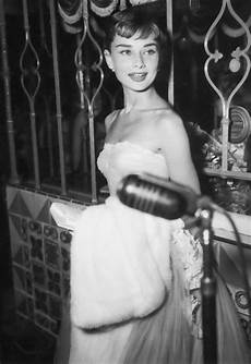 old fashion beauty photographers in hollywood top 40 best images about 1950 s old hollywood glamour halloween beauty look inspiration on pinterest