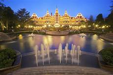 best things to do and see at disneyland
