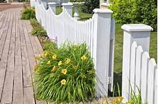 Barriere De Jardin Les Types De Barri 232 Res Pour Un Jardin Le Comparatif