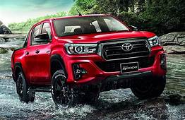 Toyota Hilux Bakkie Facelifted For Thailand  Carscoza