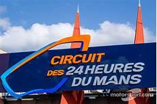 Circuit Des 24 Heures Du Mans Logo Signage A 24 Ore Di Le