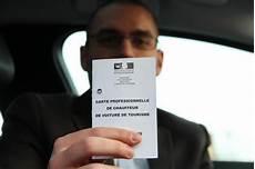 licence vtc a vendre julian chauffeur de vtc d 233 bute avec 2 300 euros par mois