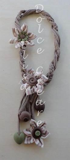 collane con fiori di stoffa 1000 images about collane in fettuccia fiori di stoffa e