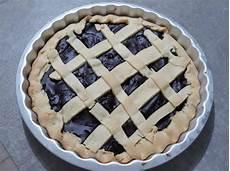 crostata con crema al cioccolato fatto in casa da benedetta ricetta crostata con crema al cioccolato dolcidee