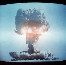 Stärkste Bombe Der Welt Superwaffe Die Geschichte Der Atombombe Bilder Fotos
