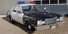 polizeiauto us policecar mietwagen f 252 r selbfahrer mieten