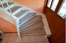 treppe renovieren laminat renovierung einer treppe mit podest und wangen in laminat