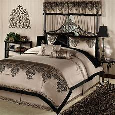 Size Bedroom Comforter Sets by Bedroom Using Luxury Comforter Sets For Wonderful Bedroom