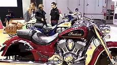 motos indian 2018 2018 indian chief classic se special lookaround le moto around the world