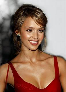 Alba Hairstyles With Bangs