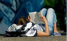 idée de livre litt 233 rature 10 livres pour ados jeunes adultes 224 offrir 224 no 235 l sud ouest fr