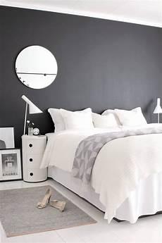 tete de lit noir 21 amazing headboards for your bedroom kenisa home