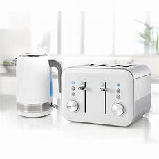 high gloss collection 1 7l kettle and 4 slice toaster set