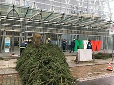 gartenträume berlin 2017 thw lv nw ein weihnachtsbaum f 252 r berlin