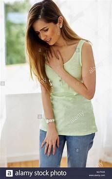 schmerzen in der brust frau akuter schmerz stockfotos akuter schmerz bilder alamy