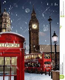 london at christmas image of freezing nightlife 16684094