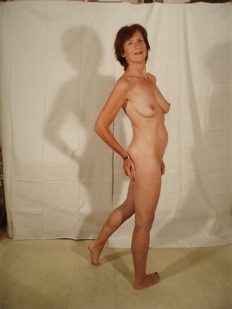 Nude Wives Dare