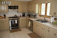 Kitchen Transformations Before And After by Rustoleum Kitchen Transformation After Photo Rust Oleum