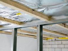 Trockenbau Decke Abhängen - decke abh 228 ngen was kostet es myhammer preisradar