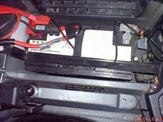 wo ist die batterie beim bmw e60