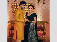 Pearle Maaney Engagement Photos   Kerala9.com