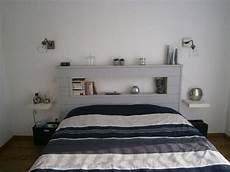 tete de lit etagere id 233 e t 234 te de lit avec niche centrale mais pas blanc