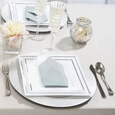assiette plastique rigide pas cher assiettes plastique carr 233 e pas cher argent 20 5 cm