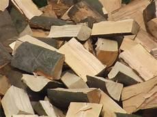 Brennholz Ofenfertig Sortenrein In Achern Holz Kaufen