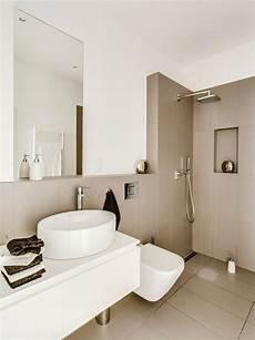 Kleines Badezimmer Fliesen - cappuccino fliesen und wei 223 e farbe im kleinen bad