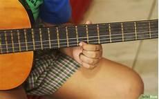 teach me how to play guitar come insegnare a un bambino a suonare la chitarra