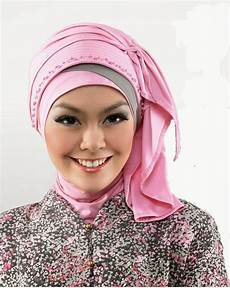 40 Model Jilbab Modern Untuk Kebaya Terbaru 2019 Paling