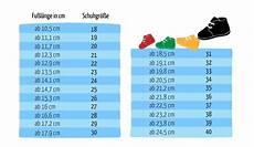 schuhgröße kinder alter kinderschuhe gr 246 223 e tabelle wandern im winter ausr 252 stung