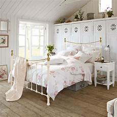 White Metal Bed Bedroom Ideas by Stylish And Wrought Iron King Bed All King Bed