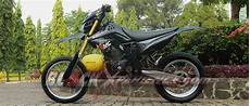 Modifikasi New Megapro Supermoto by Modifikasi Honda Megapro Supermoto Blackxperience