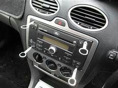 ford focus autoradio how to remove the original and install a new