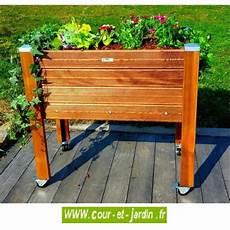 jardinière sur pied jardiland jardini 232 re sur pieds en bois 224 roulettes bac 224 plantes