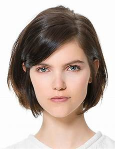 haircuts that take off years a chin length cut gives off