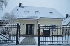 Malvorlage Haus Mit Schnee Winter Impressionen Fotos Vom Zaun Und Haus Im Schnee