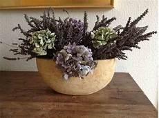 getrocknete hortensien dekorieren getrockneter lavendel mit hortensien