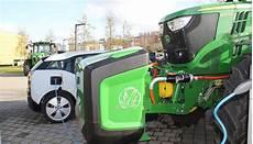 landwirtschaft deere stellt elektro traktor vor