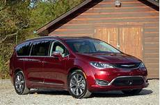 chrysler pacifica 2017 chrysler pacifica best car to buy nominee