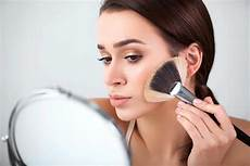 Makeup Tips To By Age 40 Reader S Digest