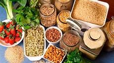 cosa mangiare in caso di stitichezza emorroidi alimentazione dieta e cosa non mangiare