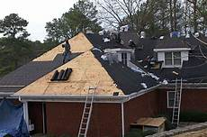 dachdecken mit dachpappe material zum dachdecken hausjournal net