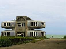 ufo häuser taiwan sanzhi la citt 224 ufo paesi fantasma