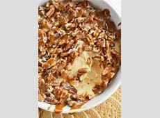caramel pecan cheese dip_image