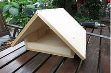 vogelfutterhaus selber bauen bauanleitung